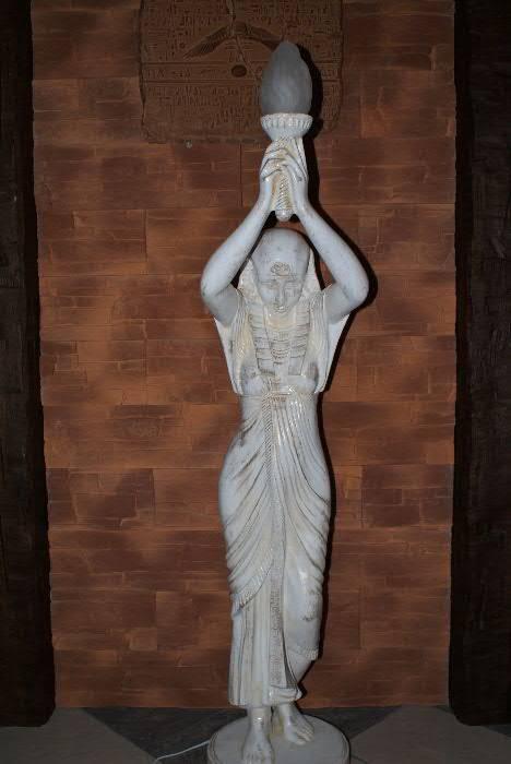 Lampa ,, Egyptský styl ,, 186 cm Zakázková výroba