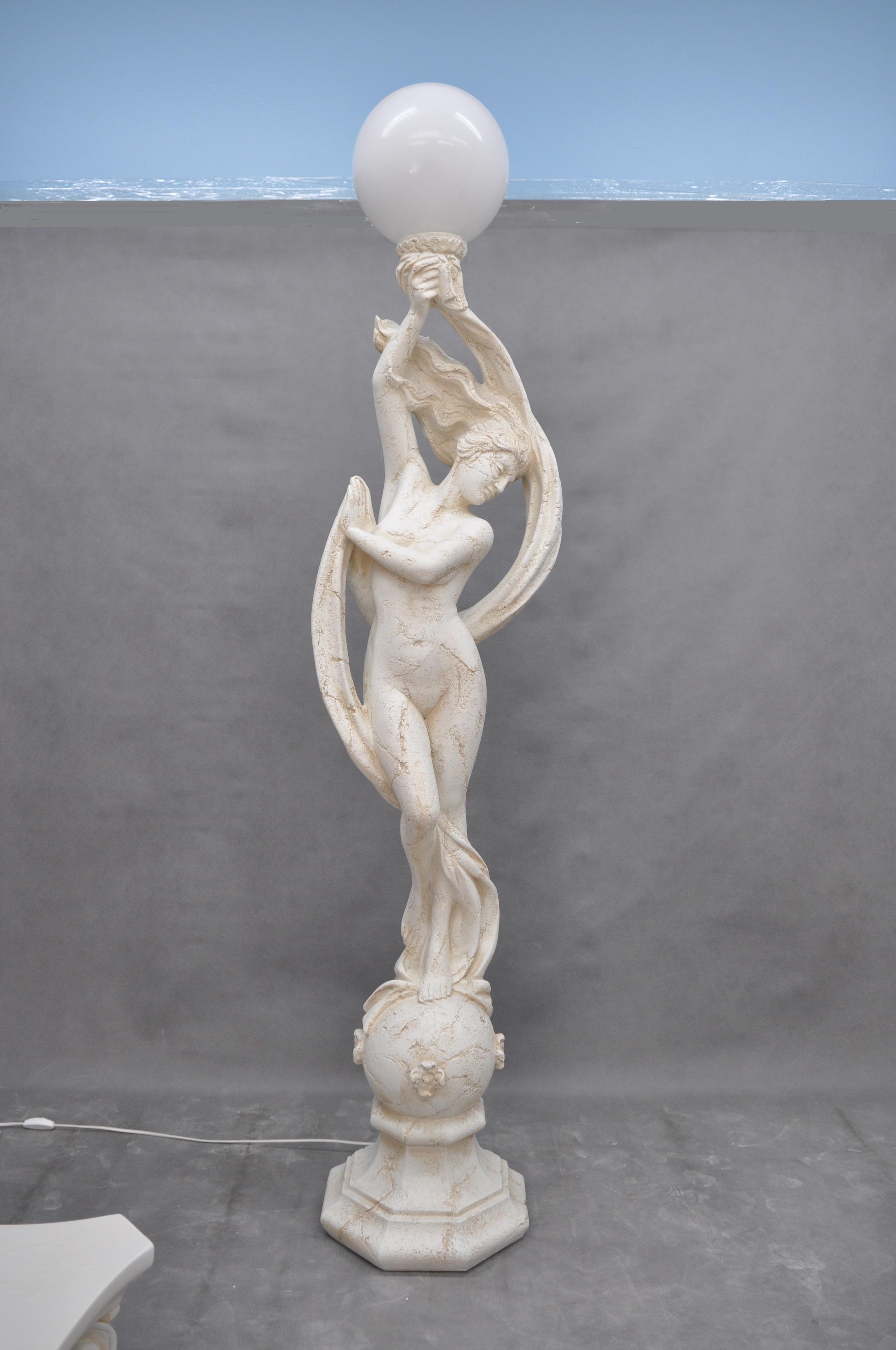 Lampa vysoká / Antický styl / 197 cm Zakázková výroba